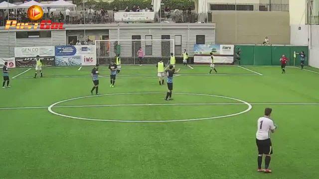 Corner a sorpresa e gol !!!