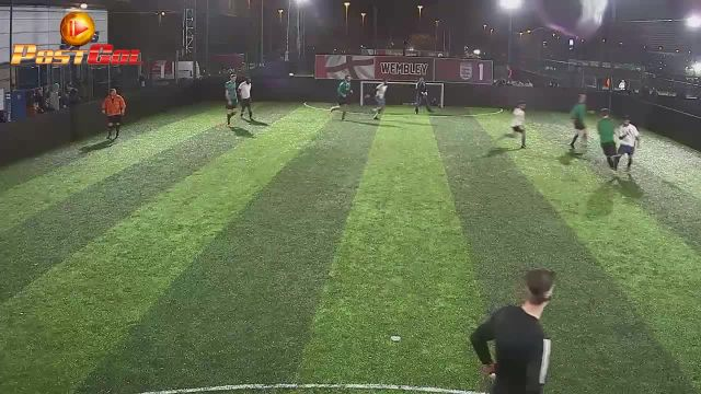 Haydons Road vs FC Wolf - Good pass
