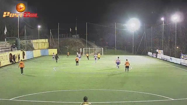 Gran gol in rovesciata e doppietta di Matteo 6 a 1