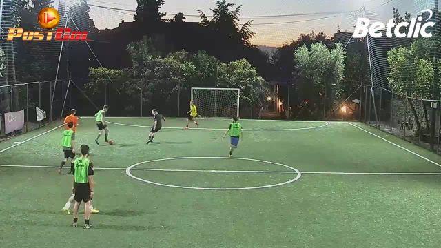 Uno due e palla in gol